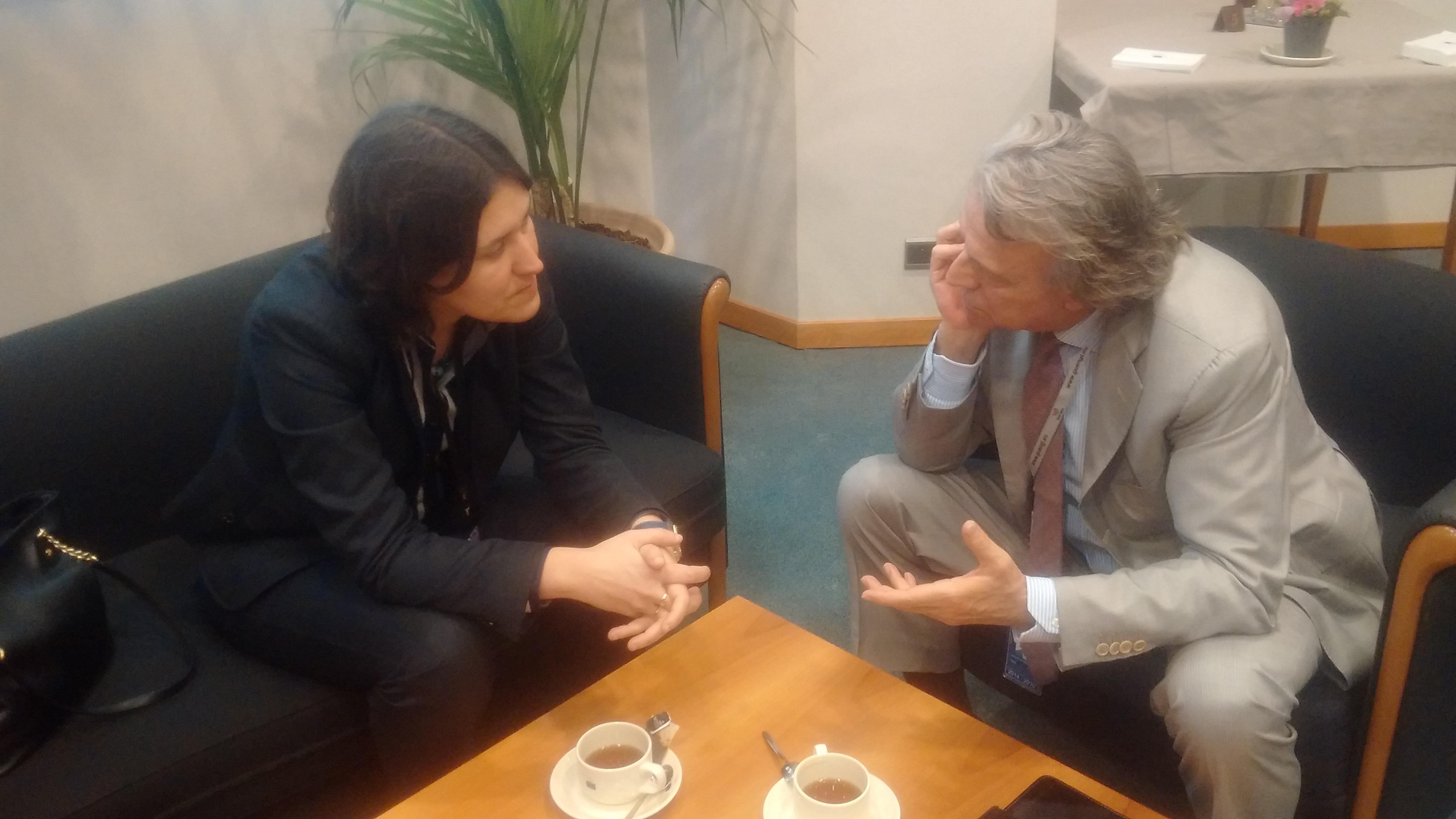 Takis Hadjigeorgiou me Kati Piri 2015